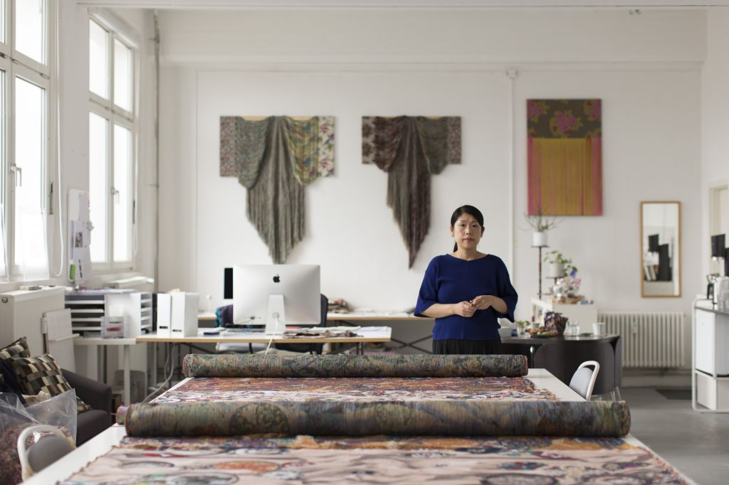 Aiko Tezuka in her studio, Berlin, 2019; Photo: Estefanía Landesmann; Courtesy: Galerie Michael Janssen
