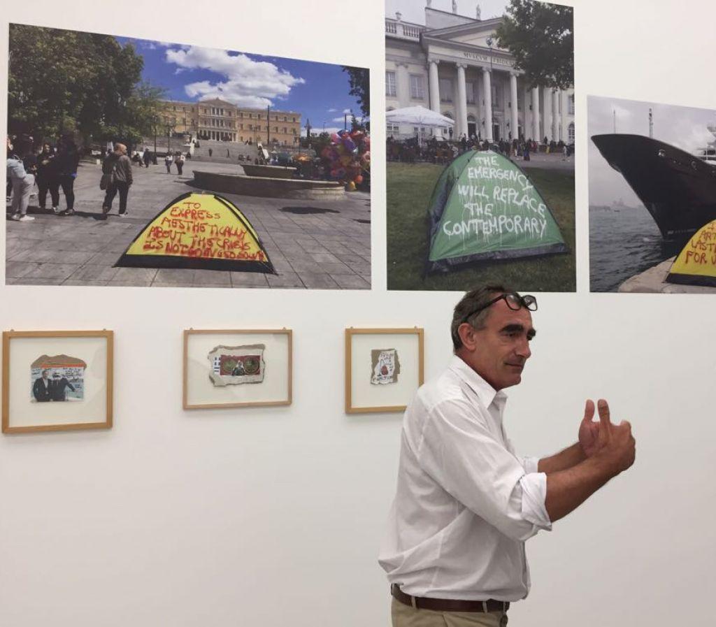 Thierry Geoffroy beim Aufbau seiner Installation in der Kunsthalle Mannheim, September 2018 © Thierry Geoffroy / Colonel, VG Bild-Kunst, Bonn 2018 Foto: Kunsthalle Mannheim