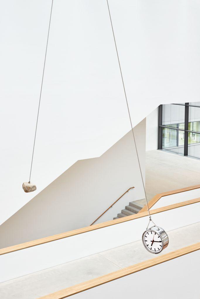 © Alicja Kwade Foto: Kunsthalle Mannheim / Rainer Diehl